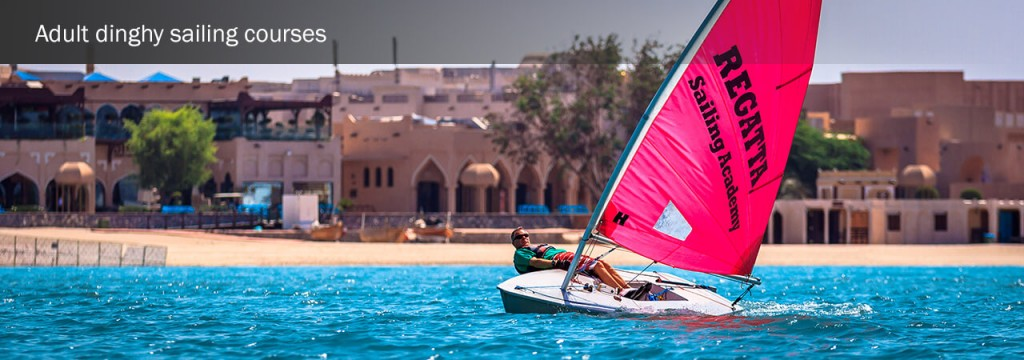 adult-dinghy-sailing